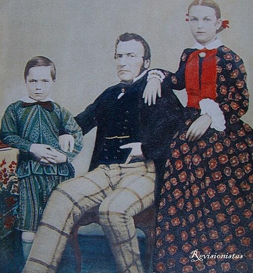 Charles Henri Pellegrini avec ses enfants Julia et Carlos