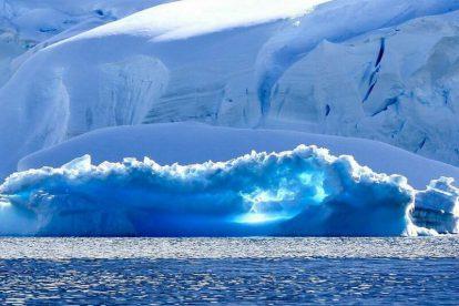 antarctique hebridean island sky