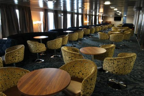 Ocean Endeavour nautilus-lounge-1