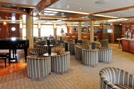 island sky Lounge