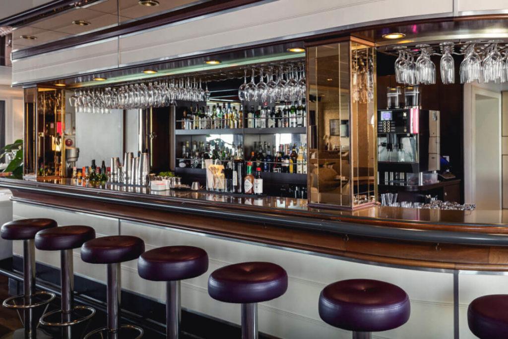 seaventure bar